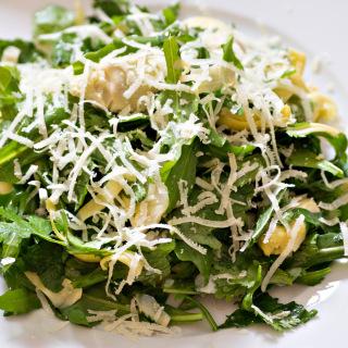 Rucola-Kräuter-Salat mit Artischocken