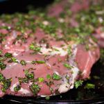 Lammfleisch mit Thymian und Salbei