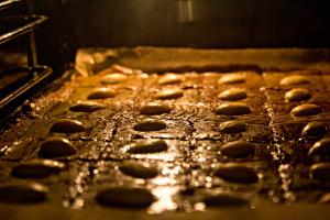 Mandelwürfel im Ofen