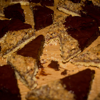Weihnachtsbäckerei: Nussecken mit Schoko-Überzug
