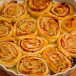 Chicorée und Schinken in Blätterteig-Rosen