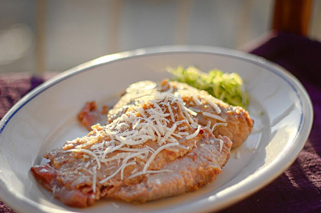 Parmesantaschen in Weißweinsauce