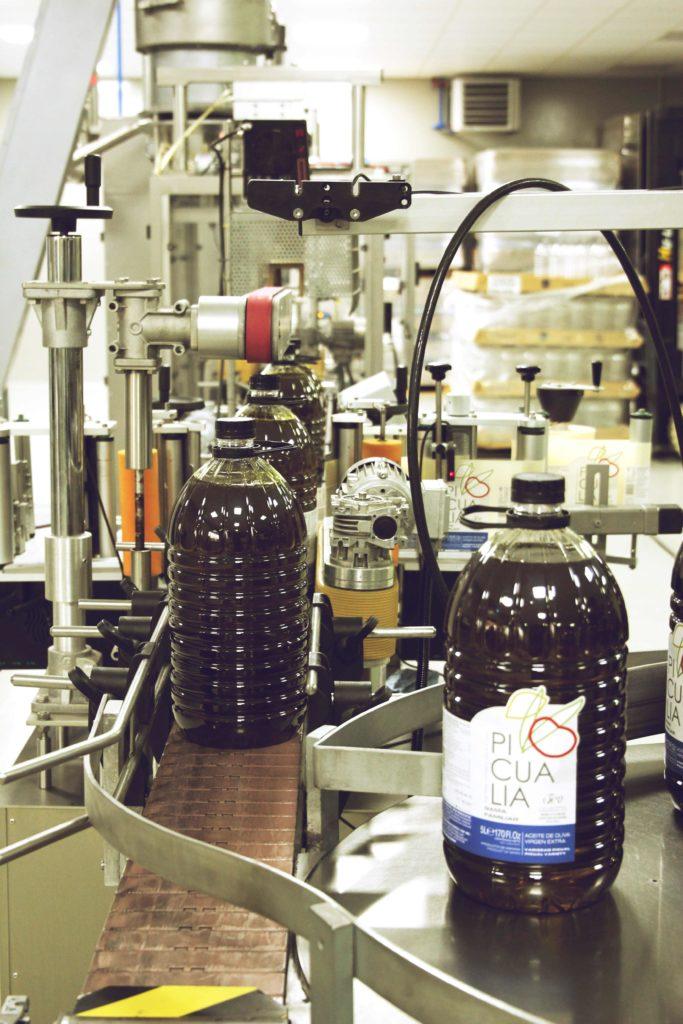 Eine Abfüllanlage für Olivenöl