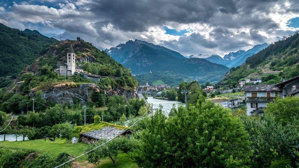 Das Dorf Gressan im Aostatal.