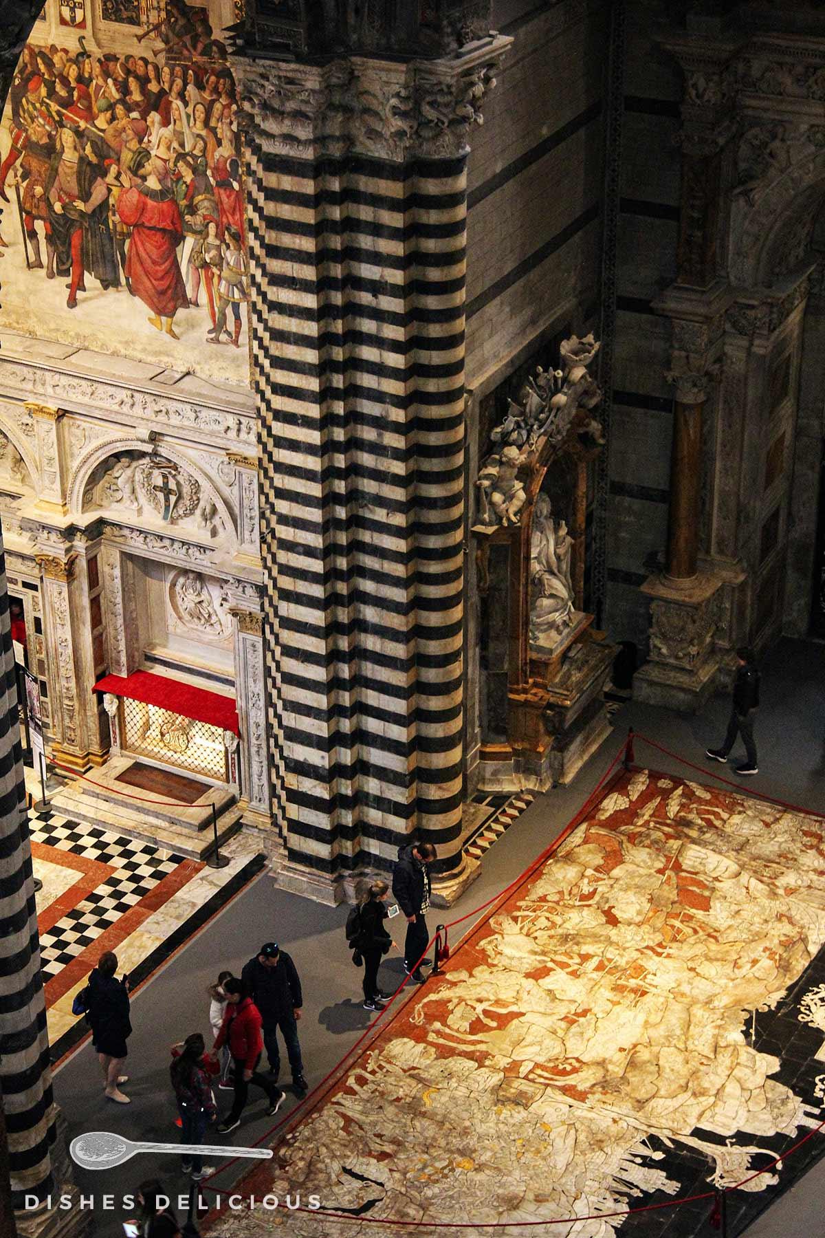 Der Boden der Kathedrale von Siena