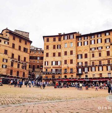 Panorama der Piazza del Campo in Siena