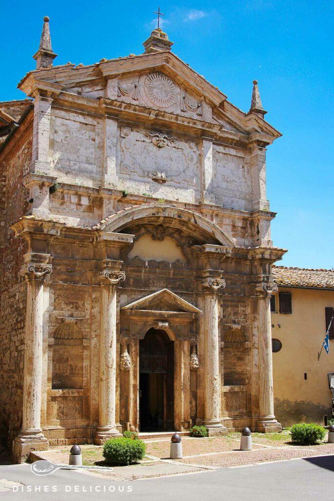 Foto von der Barockkirche Santa Lucia.